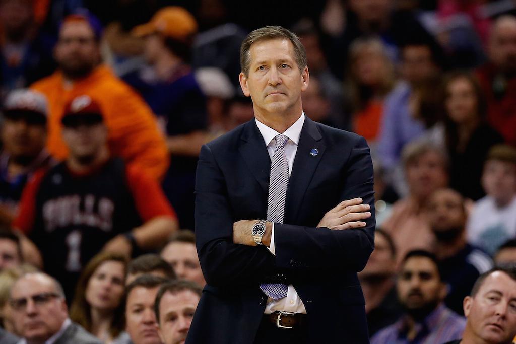 Jeff Hornacek coaches the Suns against the Bulls