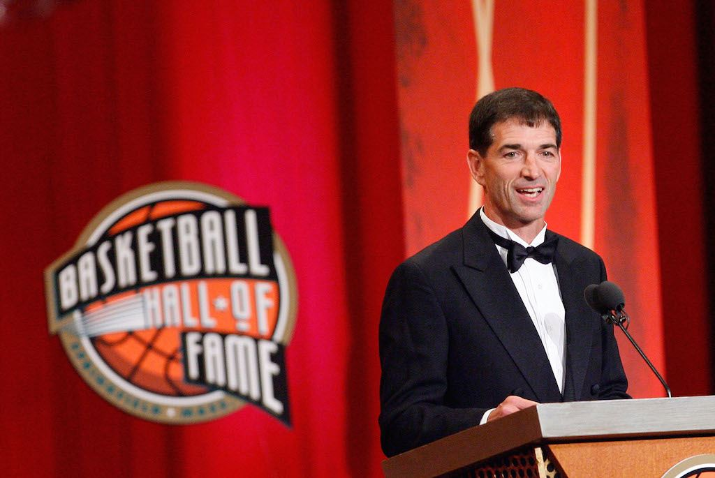 John Stockton addresses attendees at the Basketball Hall of Fame ceremony.