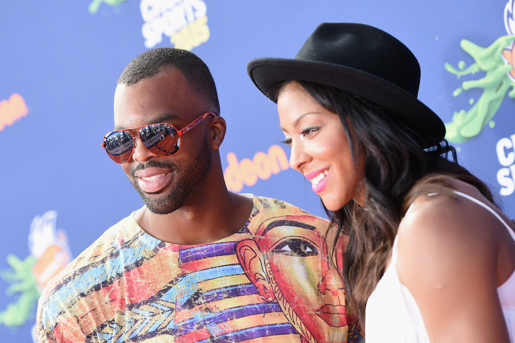 Pro basketball players Shelden Williams (L) and Candace Parker attend the Nickelodeon Kids' Choice Sports Awards 2015