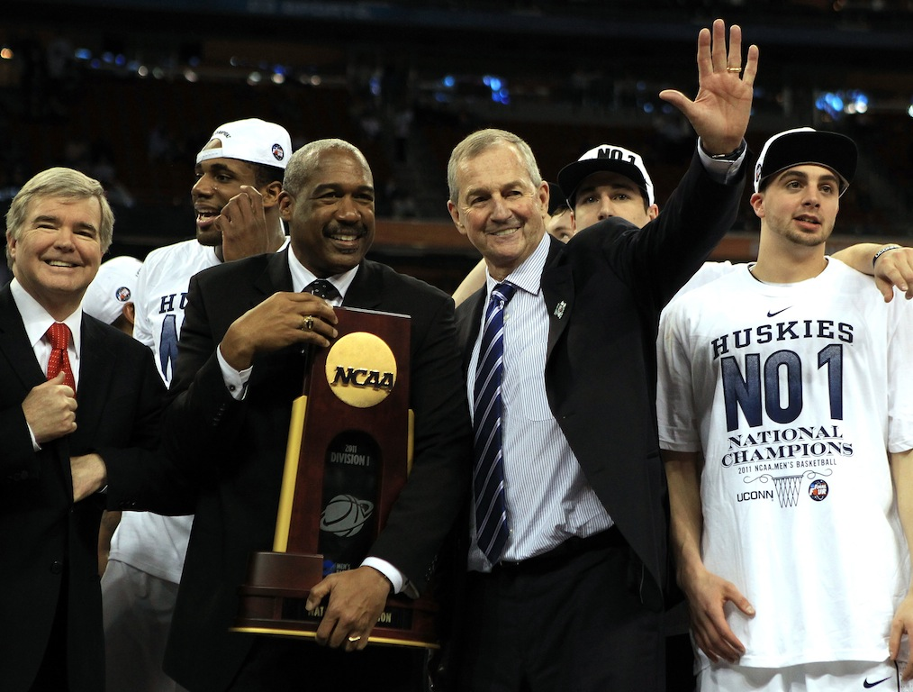 UConn Huskies celebrate winning the 2011 NCAA championship.