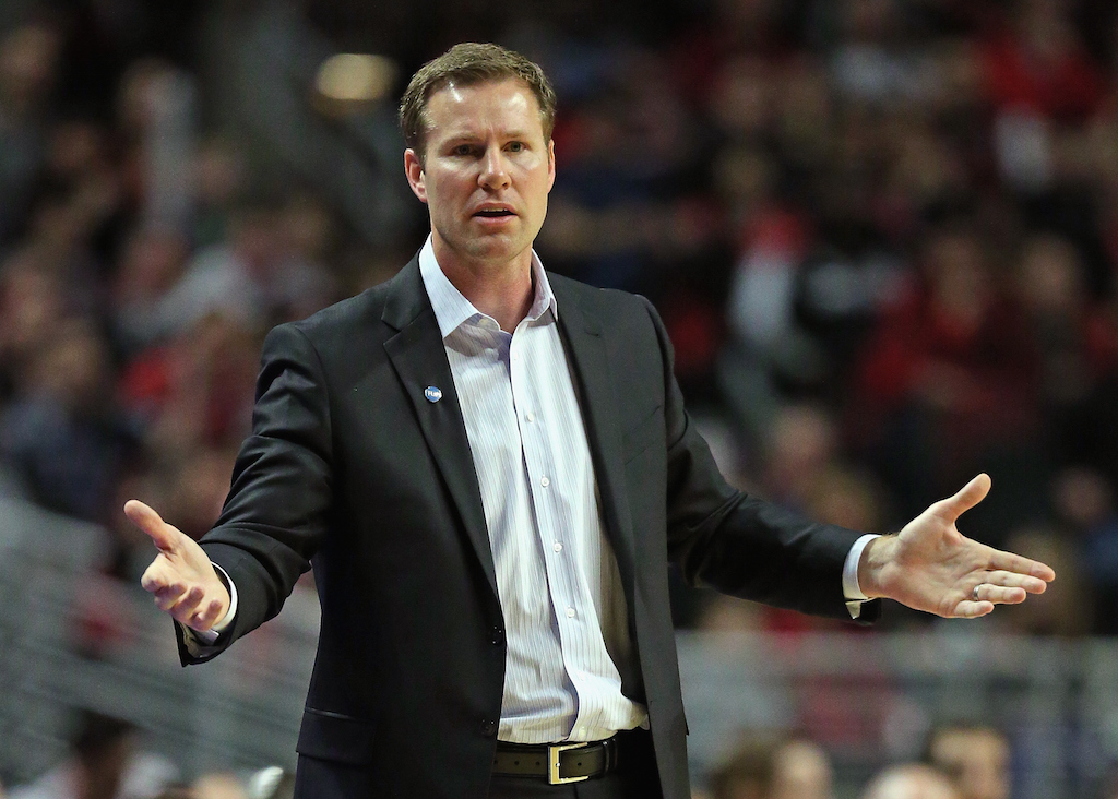 Fred Hoiberg, head coach of the Chicago Bulls, argues a call.