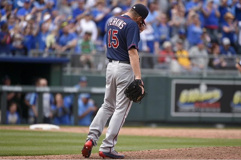 MLB: Are the Minnesota Twins Really This Bad?