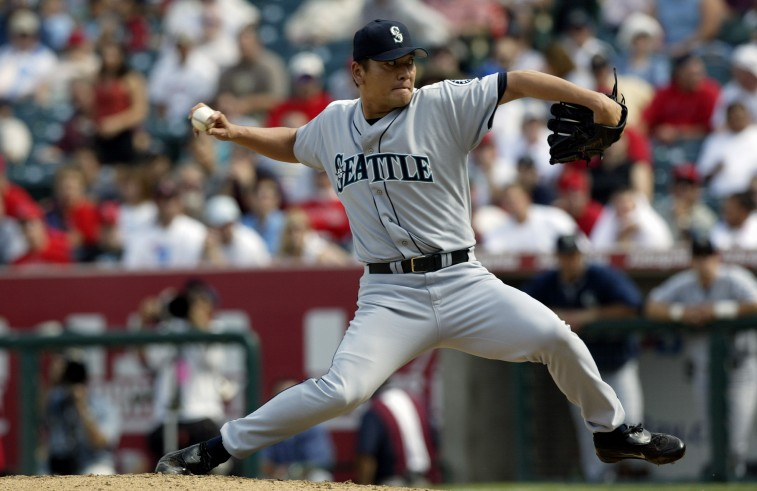 ANAHEIM, CA - SEPTEMBER 24: Kazuhiro Sasaki of the Seattle Mariners pitches against the Anaheim Angels in the eighth inning on September 24, 2003 at Edison Field in Anaheim, California. The Angels defeated the Mariners 4-0. (Photo by Robert Laberge/Getty Images)