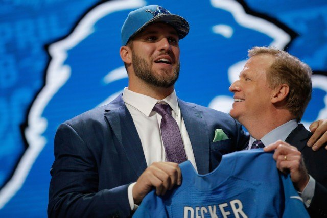 2016 NFL Draft: 7 Best Dressed Players From the First Round