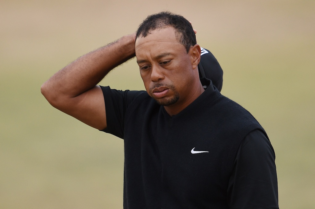 Tigers Woods looks frustrated at the U.S. Open.