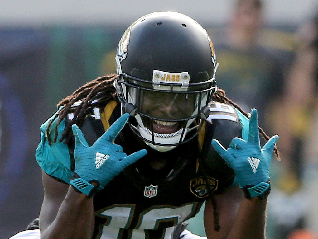 JACKSONVILLE, FL - DECEMBER 13: Denard Robinson #16 of the Jacksonville Jaguars smiles after a reception and first down during the game against the Indianapolis Colts at EverBank Field on December 13, 2015 in Jacksonville, Florida. (Photo by Sam Greenwood/Getty Images)