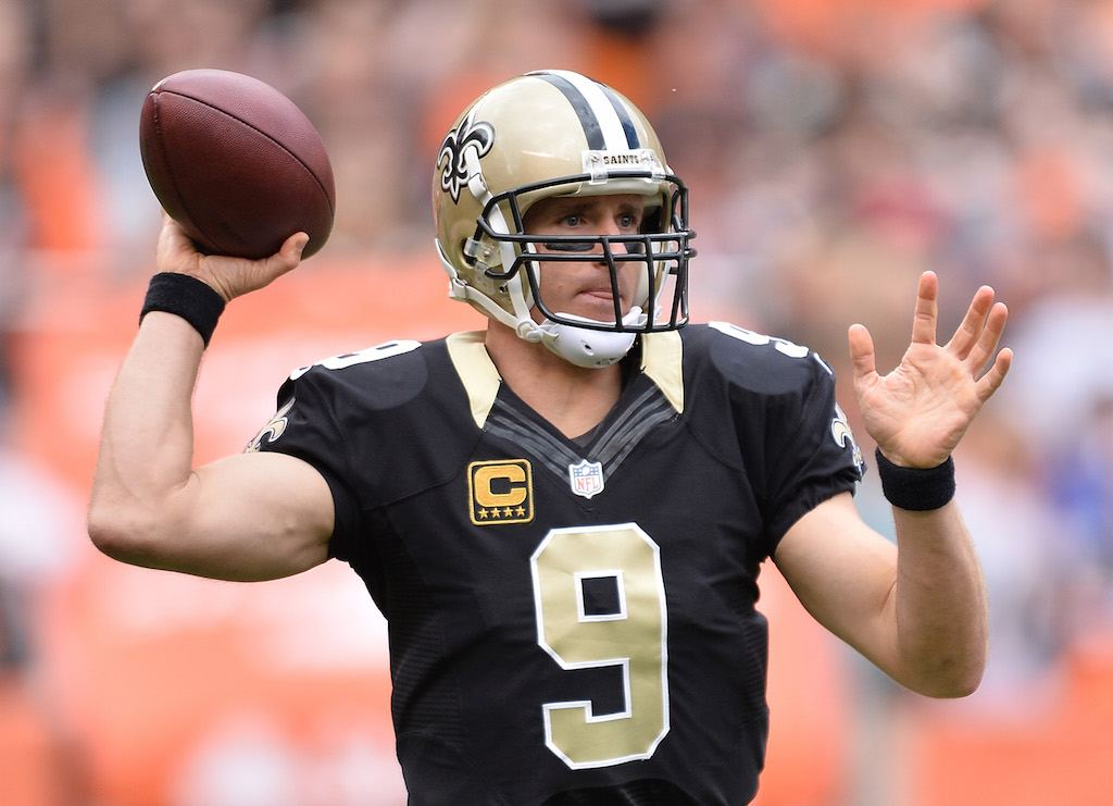CLEVELAND, OH - SEPTEMBER 14: Drew Brees #9 of the New Orleans Saints throws a first quarter pass against the Cleveland Browns at FirstEnergy Stadium on September 14, 2014 in Cleveland, Ohio. (Photo by Jamie Sabau/Getty Images)