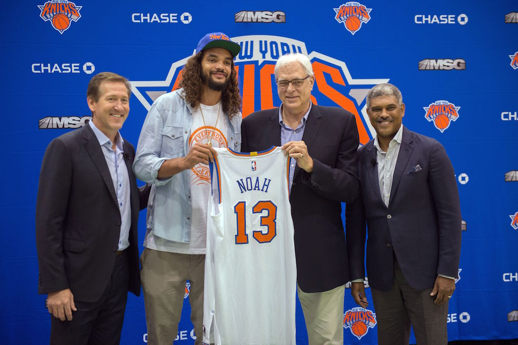 Joakim Noah joins the New York Knicks. | BRYAN R. SMITH/AFP/Getty Images