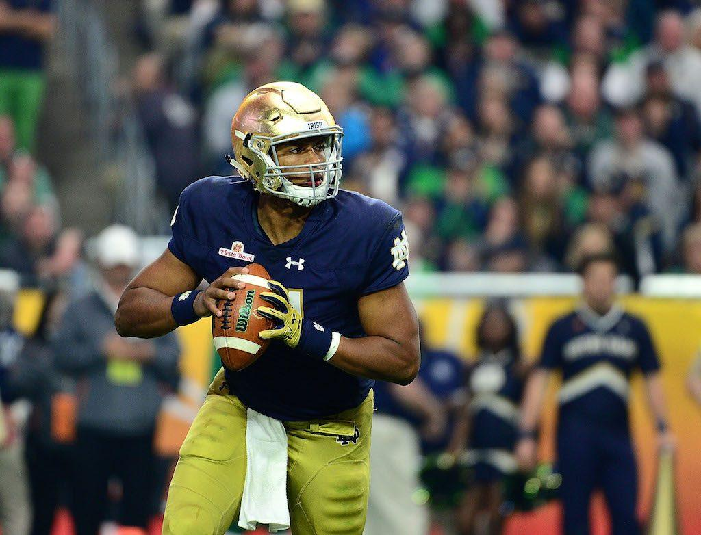 Quarterback DeShone Kizer #14 of the Notre Dame Fighting Irish looks to throw.