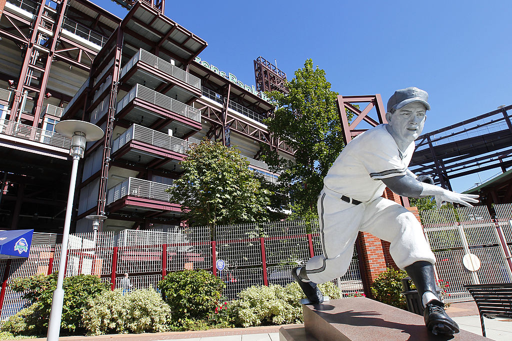 PHILADELPHIA, PA - SEPTEMBER 23: A statue of Hall of Fammer Robin Roberts stands in front of Citizens Bank Park before the start of a MLB baseball game between the Atlanta Braves and the Philadelphia Phillies on September 23, 2012 at Citizens Bank Park in Philadelphia, Pennsylvania. (Photo by Rich Schultz/Getty Images)