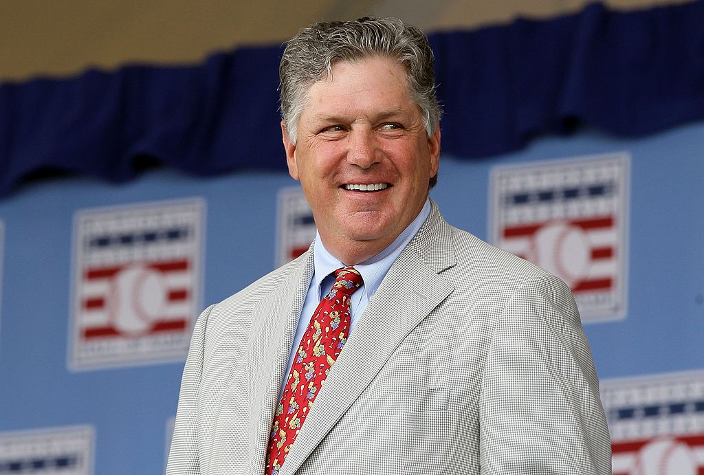 Hall of Famer Tom Seaver is introduced at Clark Sports Center