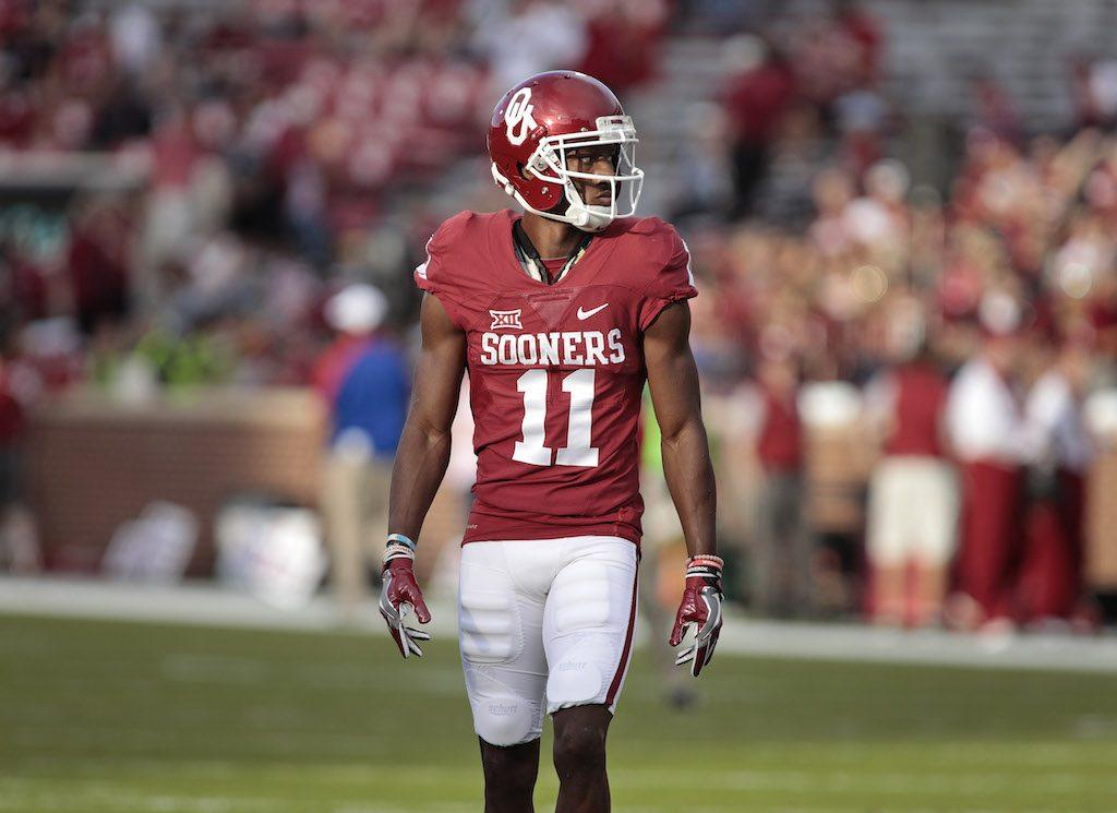 Dede Westbrook lines up during a game in 2016.