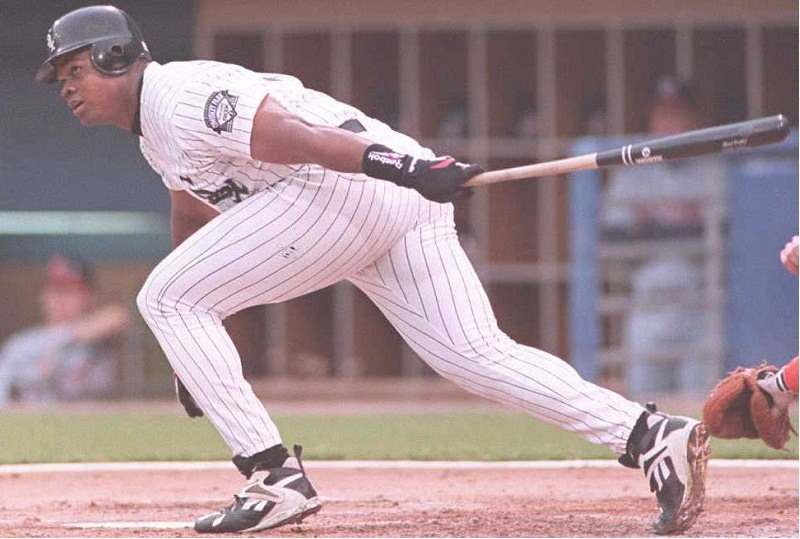 Chicago White Sox first baseman Frank Thomas