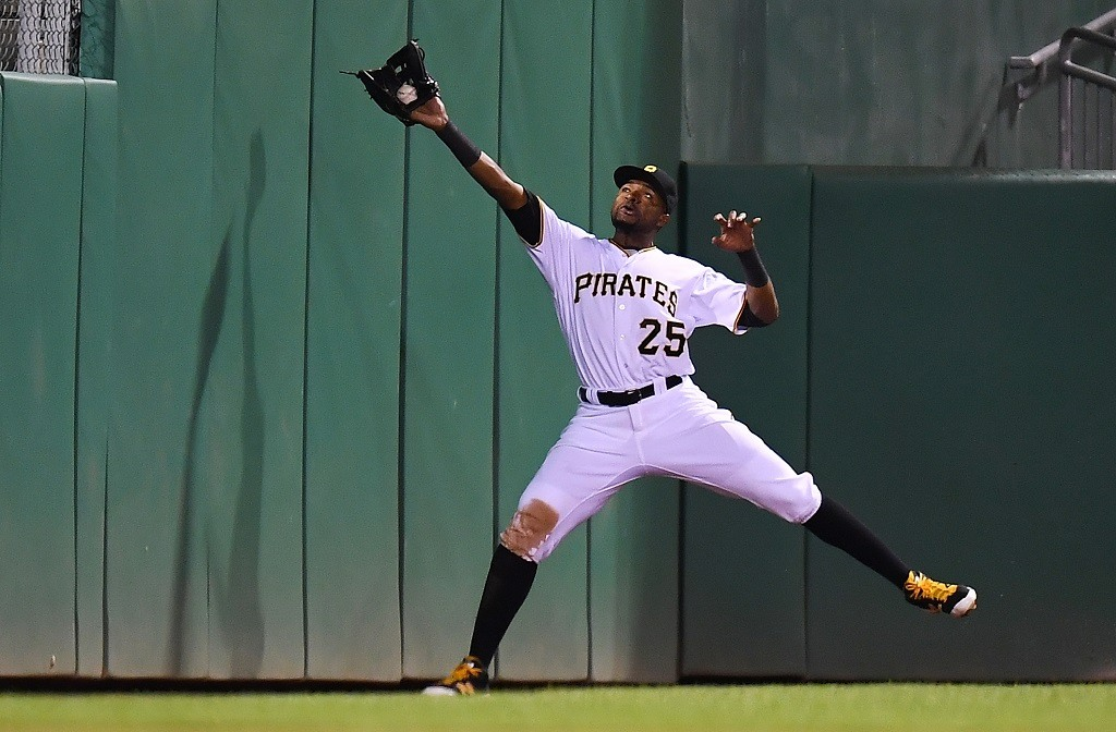 PITTSBURGH, PA - SEPTEMBER 27: Gregory Polanco #25 of the Pittsburgh Pirates makes a catch on a ball hit by Miguel Montero #47 of the Chicago Cubs (not pictured) during the seventh inning on September 27, 2016 at PNC Park in Pittsburgh, Pennsylvania. (Photo by Joe Sargent/Getty Images)