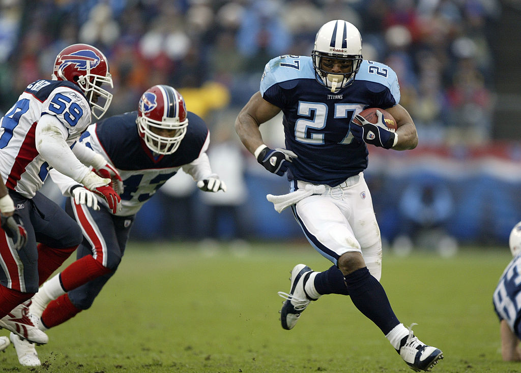 Running back Eddie George #27 of the Tennessee Titans