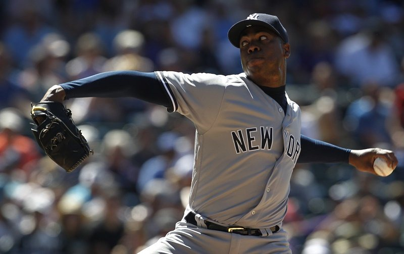 Aroldis Chapman pitching for the New York Yankees in 2016.