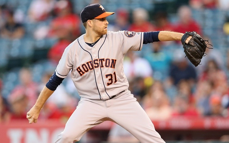 ANAHEIM, CALIFORNIA - OCTOBER 01: Colin McHugh #31 of the Houston Astros Throws a pitch in the first inning against the Los Angeles Angels of Anaheim at Angel Stadium of Anaheim on October 1, 2016 in Anaheim, California. (Photo by Stephen Dunn/Getty Images)