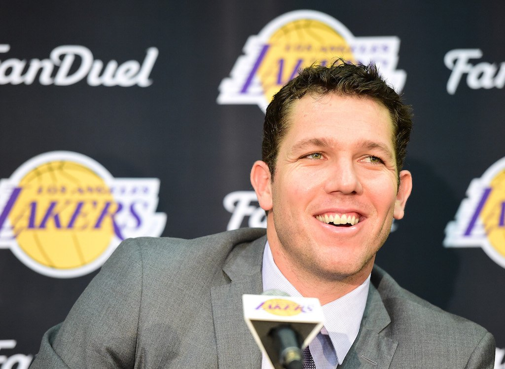 "How Luke Walton Is Bringing ""Showtime"" Back to the Los Angeles Lakers"