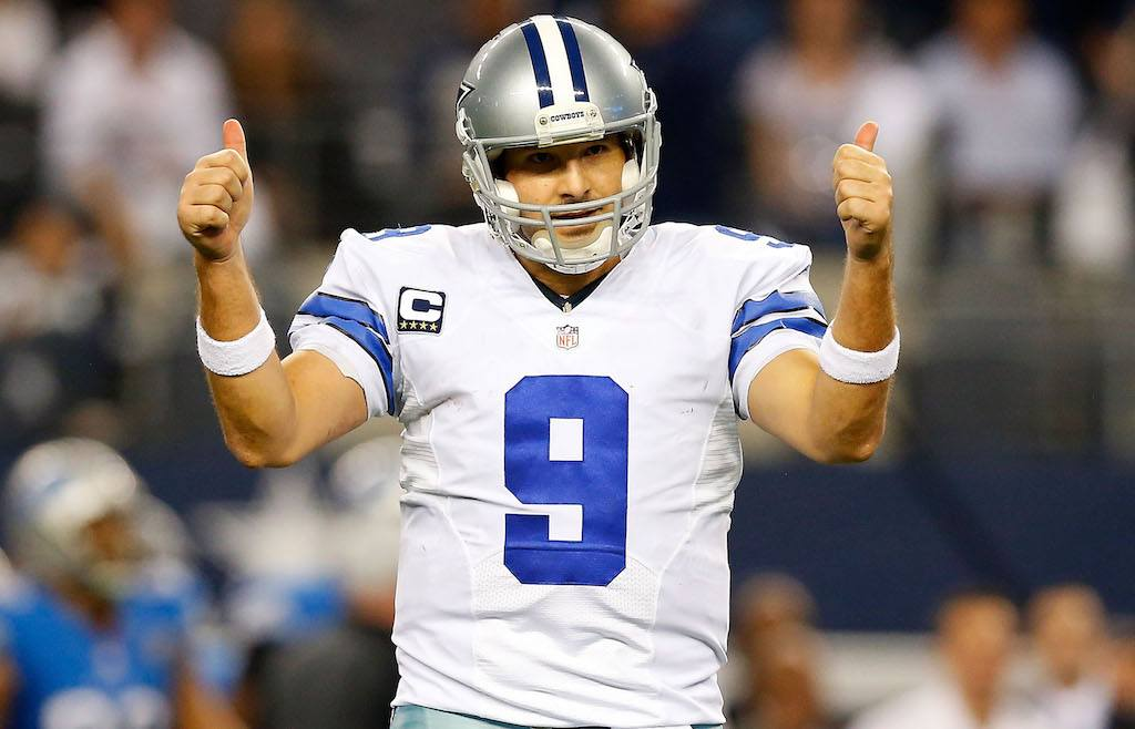 Tony Romo would be happy to find a new home | Tom Pennington/Getty Images