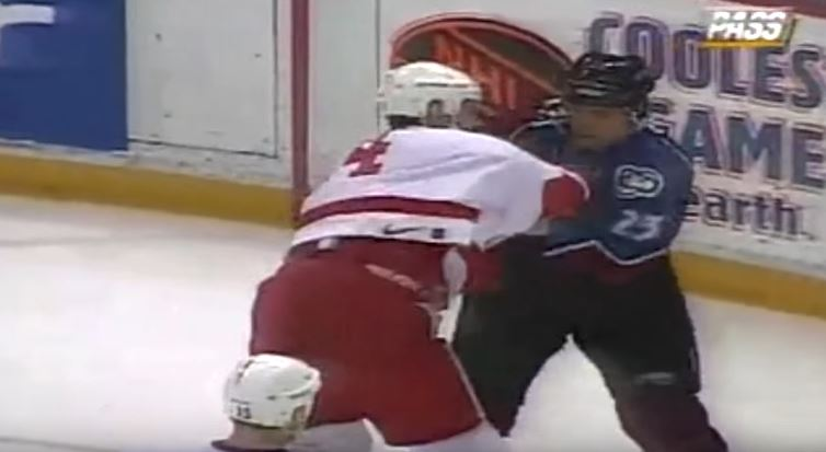 Jamie Pushor and Brent Severyn fighting during a 1997 hockey game