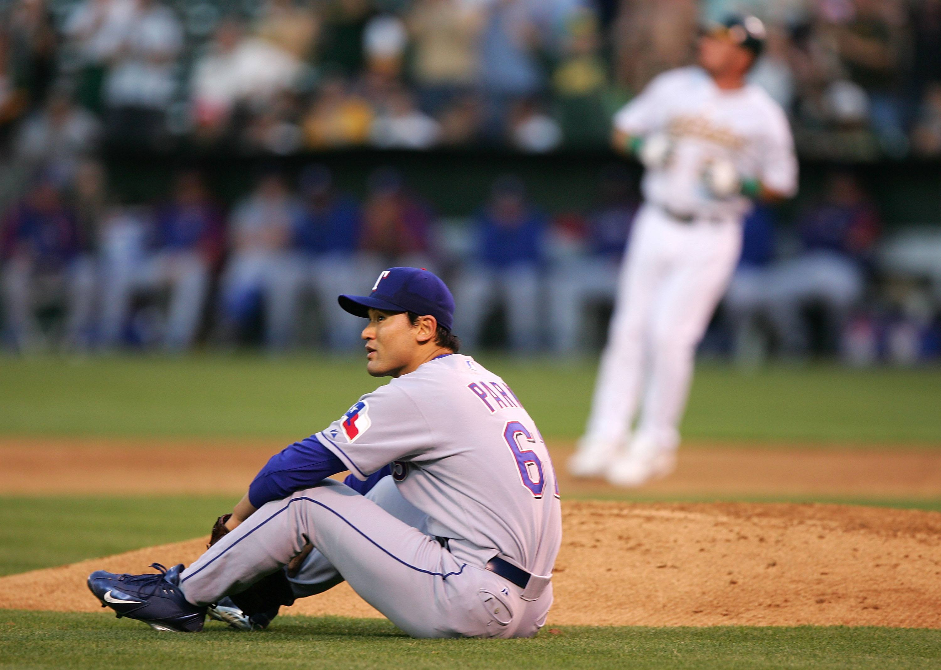 Chan Ho Park of the Texas Rangers