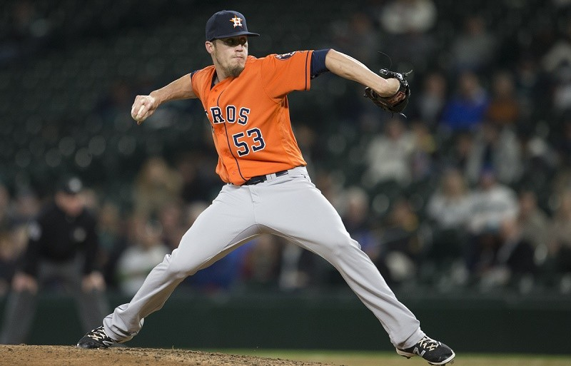 Ken Giles of the Houston Astros delivers a pitch.