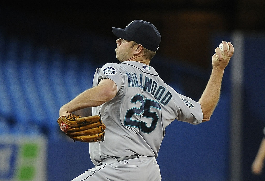 Kevin Millwood pitching for the Seattle Mariners