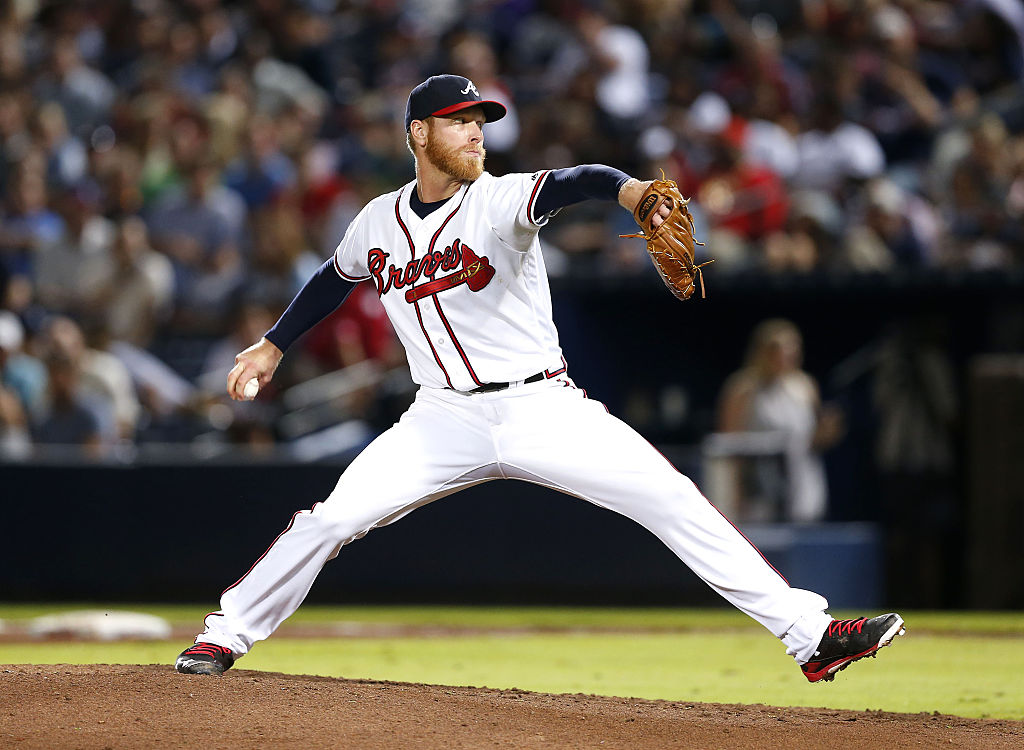 Pitcher Mike Foltynewicz of the Atlanta Braves throws a pitch.