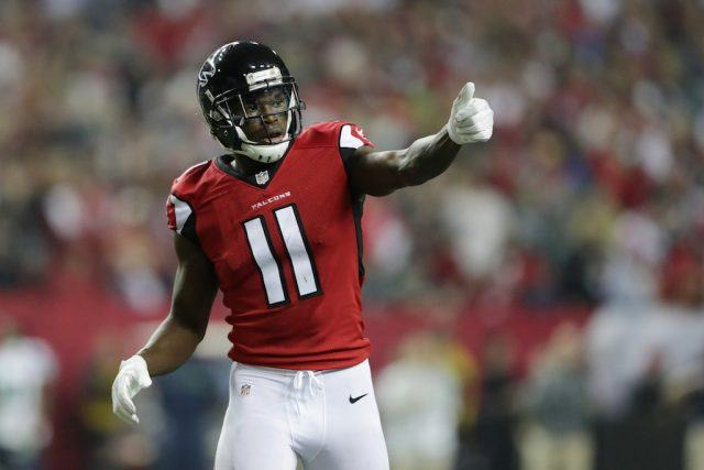 Julio Jones gives his teammates the thumbs up.