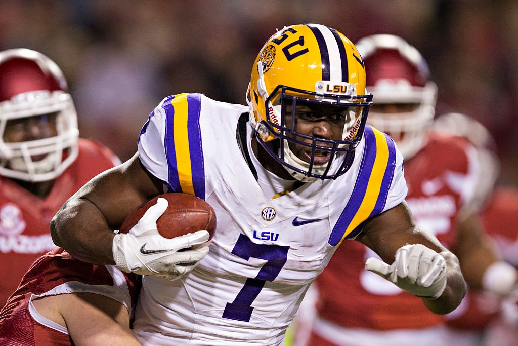Leonard Fournette #7 of the LSU Tigers