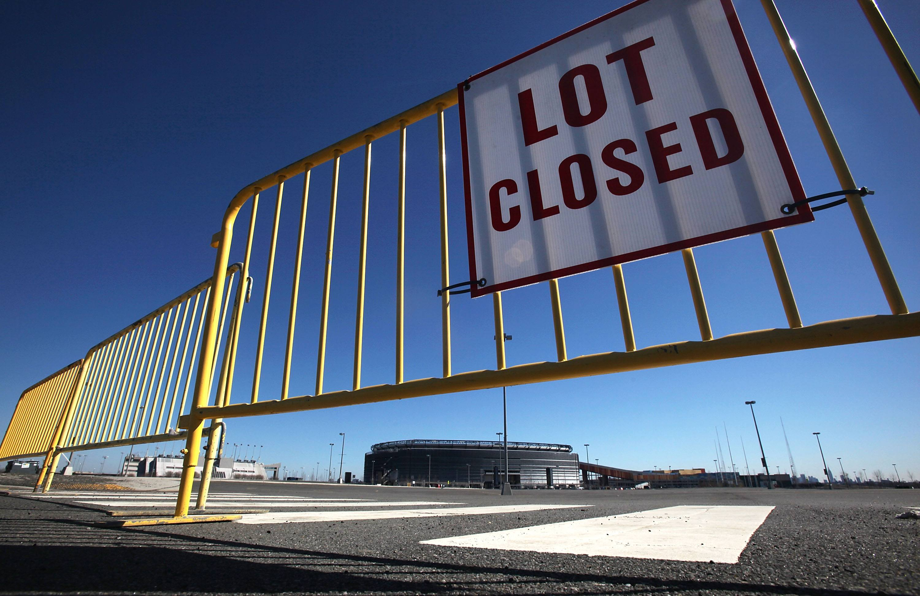 NFL Parking Lot_Mario Tama_Getty Images
