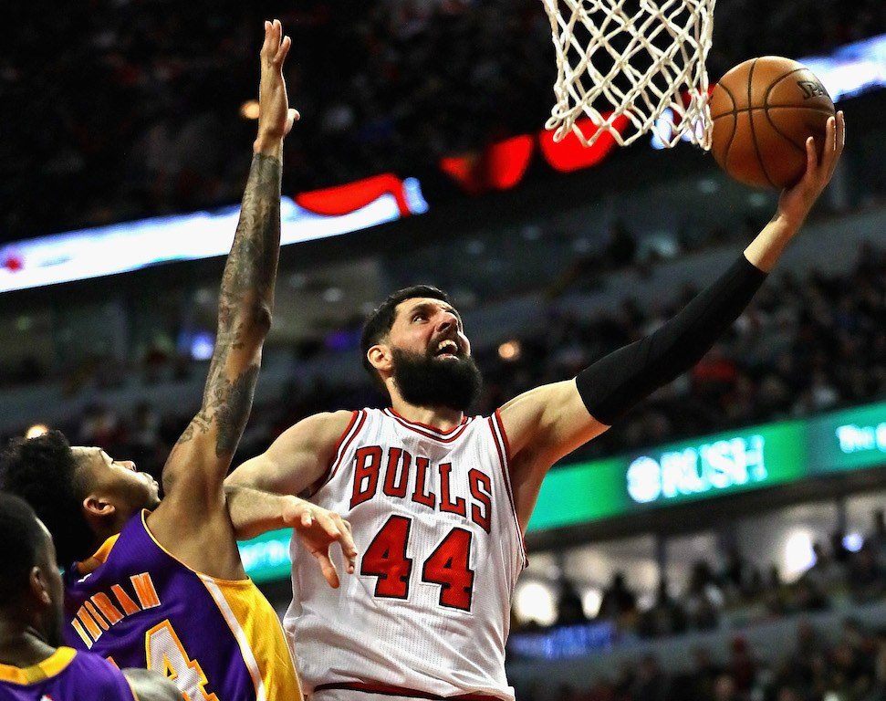 Nikola Mirotic goes for a layup.