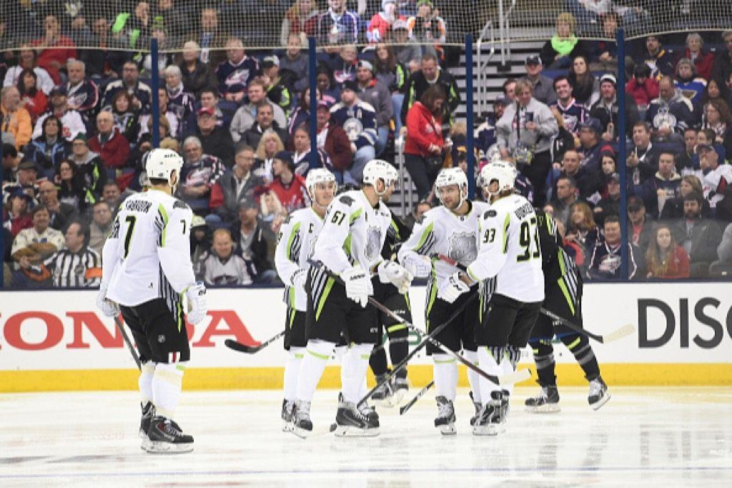Team Toews celebrates during the 2015 Honda NHL All-Star Game.