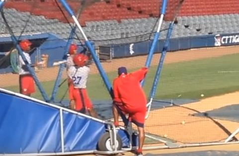 Washington Nationals prospect Victor Robles during batting practice