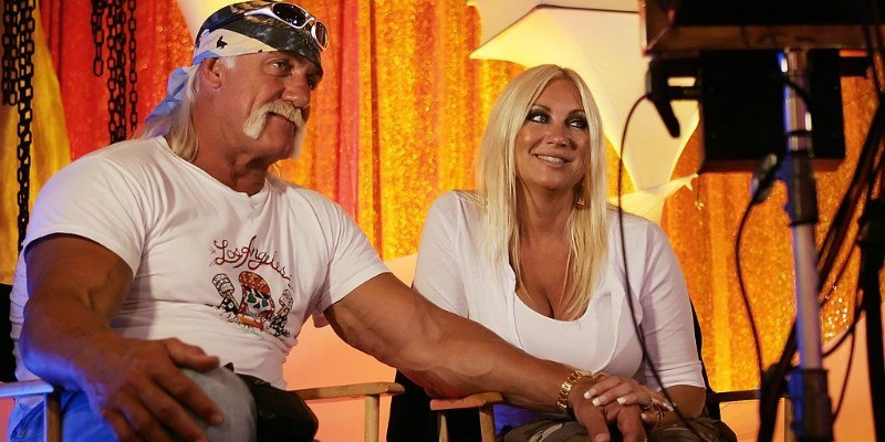 Hulk and Linda Hogan speak during to the media.