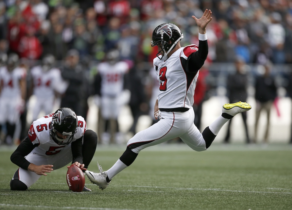 Kicker Matt Bryant goes for a field goal.