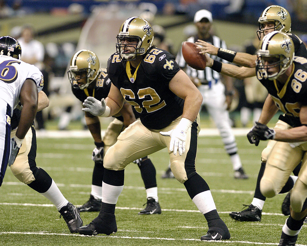New Orleans Saints guard Nick Steitz sets to block during a preseason game.