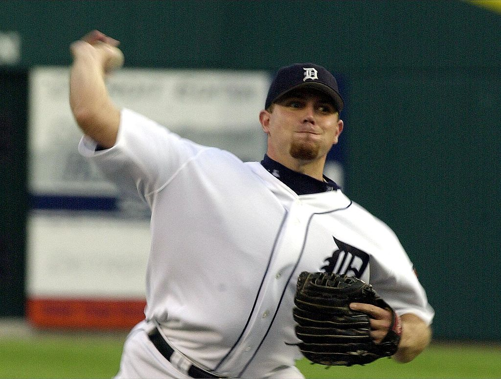 Detroit Tigers pitcher Brian Moehler delivers a pitch against the Houston Astros.