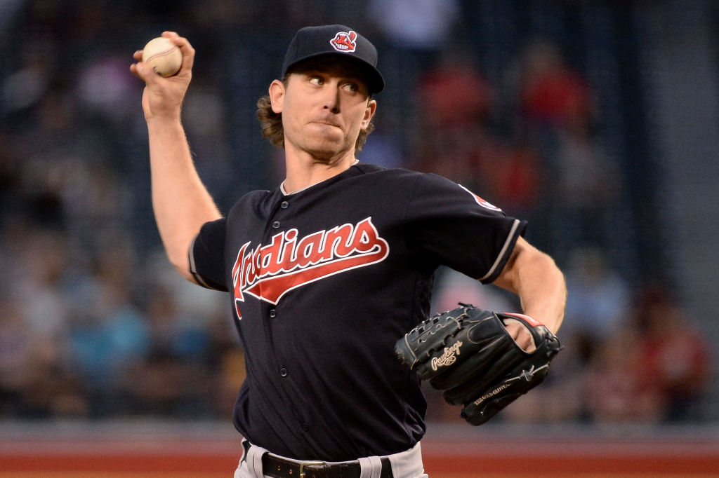 Josh Tomlin pitches.