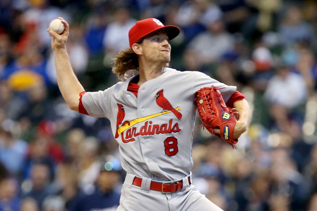 Mike Leake of the St. Louis Cardinals pitches against the Milwaukee Brewers.