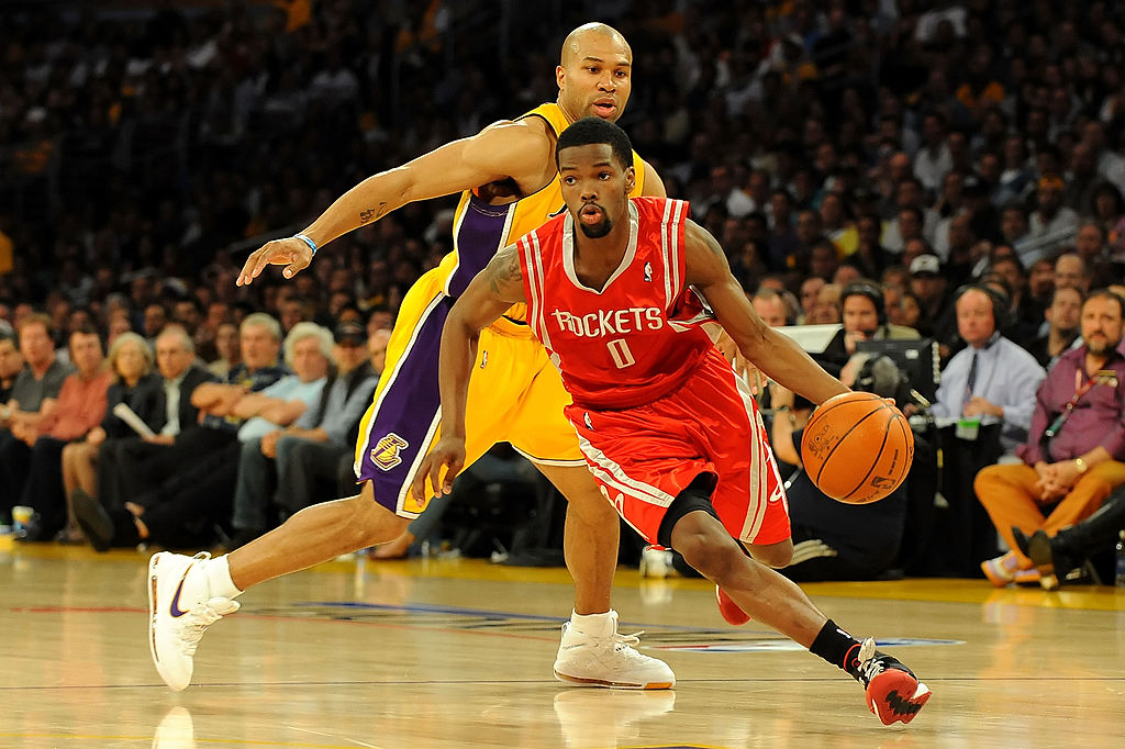 Houston Rockets point guard Aaron Brooks goes to the basket.