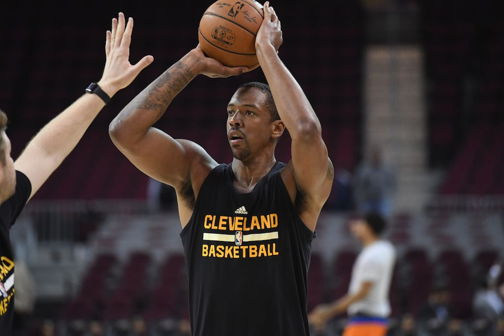 Channing Frye warms up before the game.