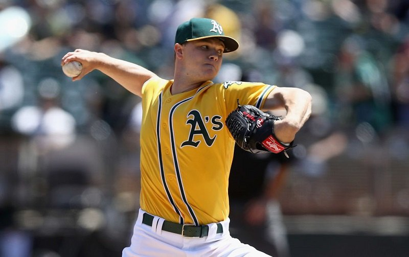 Sonny Gray pitches.