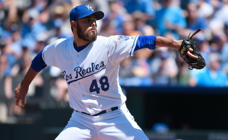 Joakim Soria #48 of the Kansas City Royals throws in the eighth inning against the Toronto Blue Jays.
