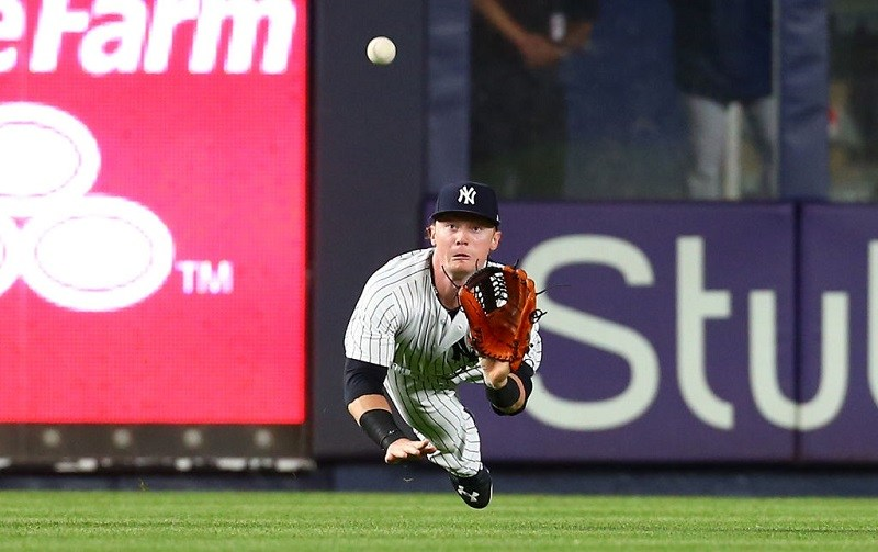 Clint Frazier dives for a catch.