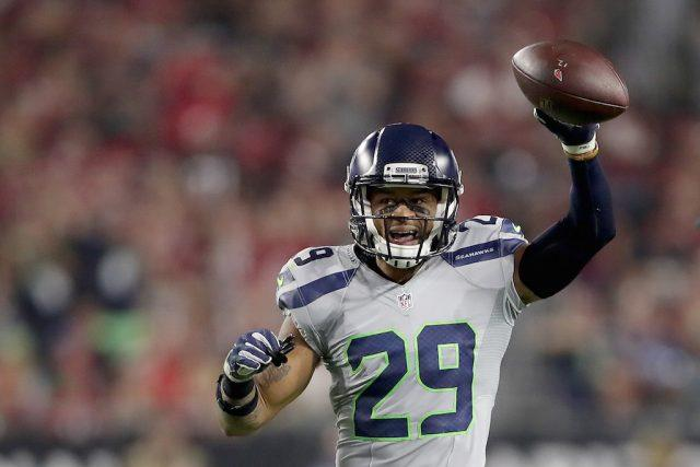 Earl Thomas reacts during a game against the Cardinals.