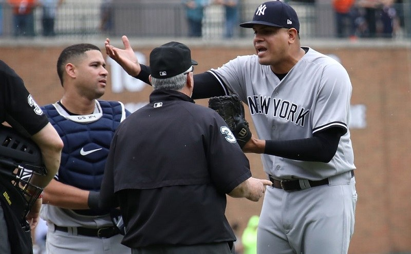 Shot of Gary Sanchez and Dellin Betances, who is arguing with an umpire, in 2017.