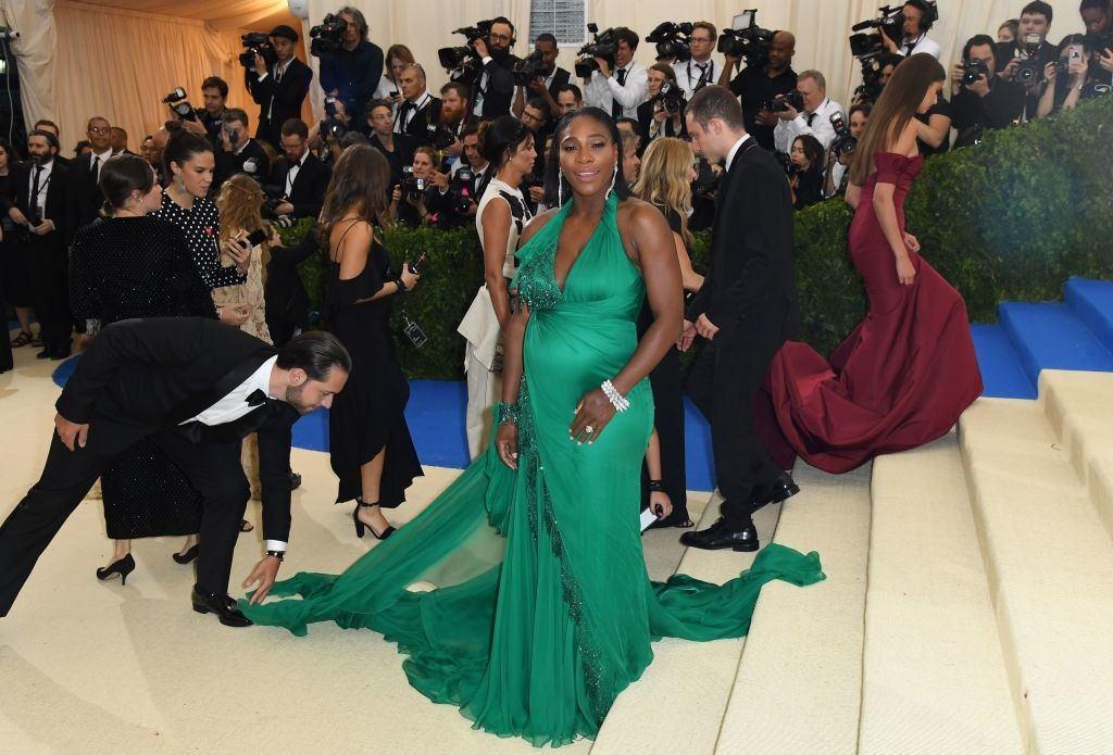 Serena Williams arrives at a benefit