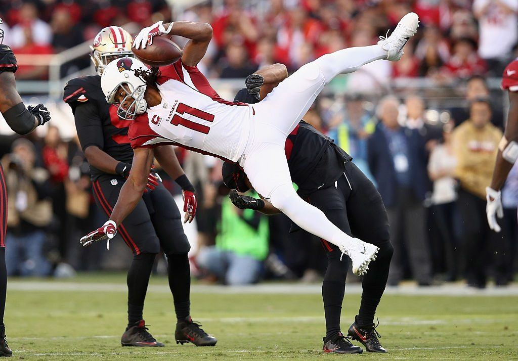 Larry Fitzgerald defies gravity