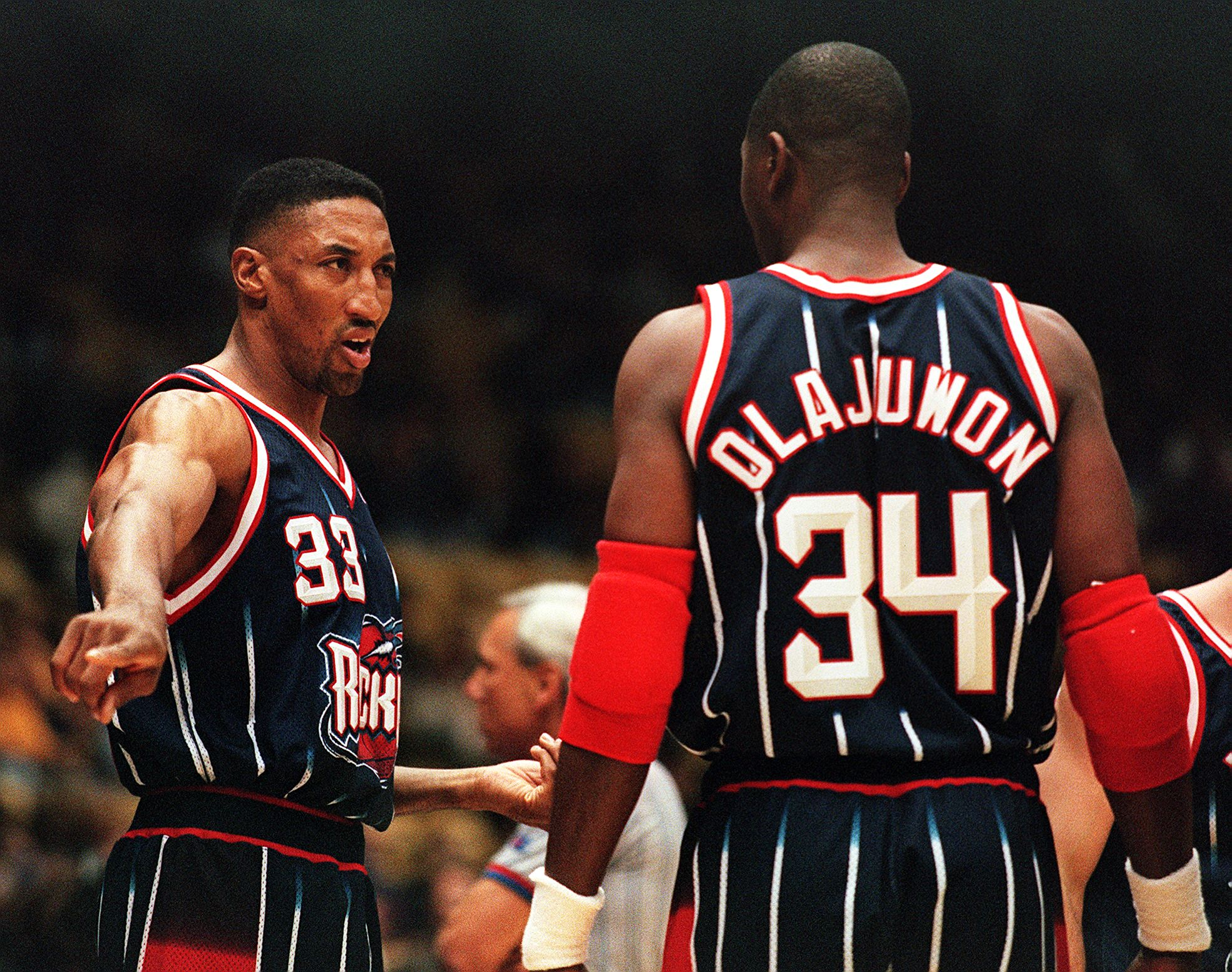 Yes, Scottie Pippen did briefly play for the Houston Rockets